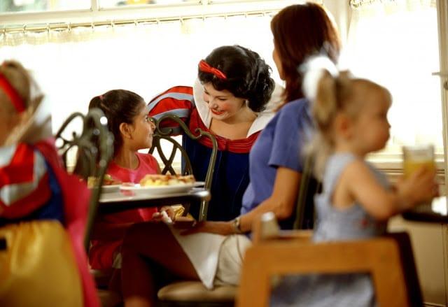 Plano de refeições Disney Dining Plan em Orlando: Disney Deluxe Dining Plan