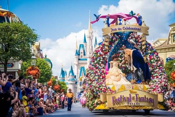 Shows, paradas e apresentações no parque Disney Magic Kingdom Orlando: Disney Festival of Fantasy