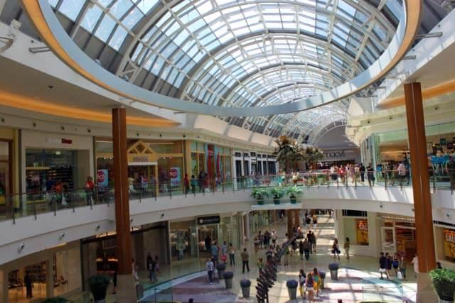 Shopping Mall at Millenia em Orlando: interior do shopping