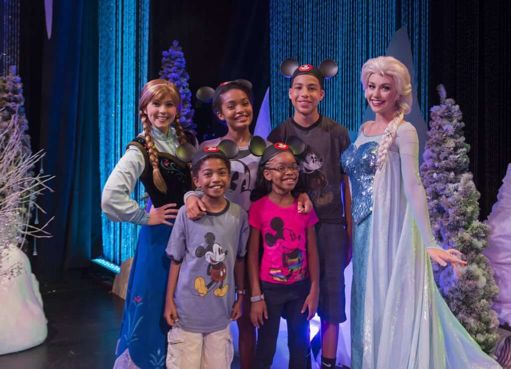 Frozen Summer Fun na Disney em Orlando: Anna e Elsa