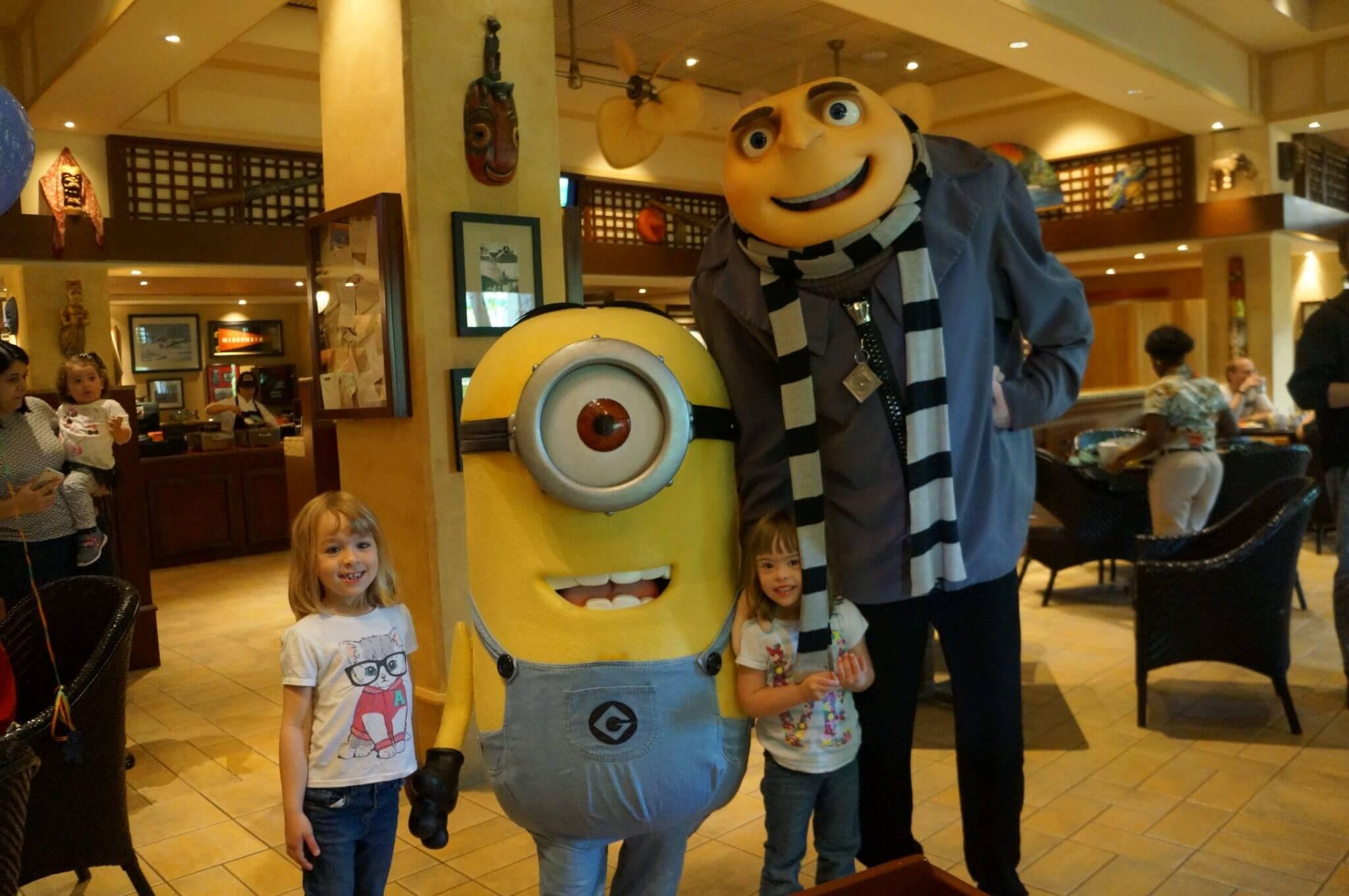 Restaurantes com personagens em Orlando 7