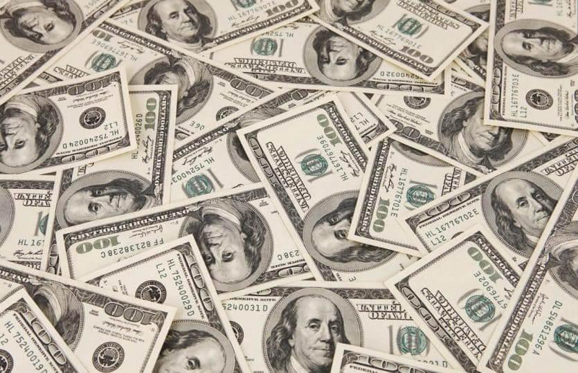 Como levar dinheiro para Orlando: dólares