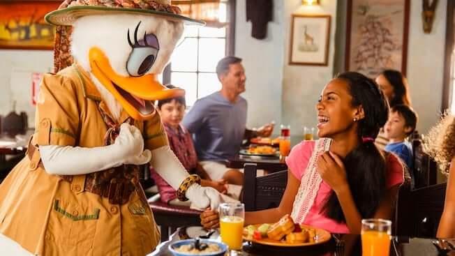 Plano de refeição gratuita na Disney Orlando: Restaurante Tusker House na Disney Orlando