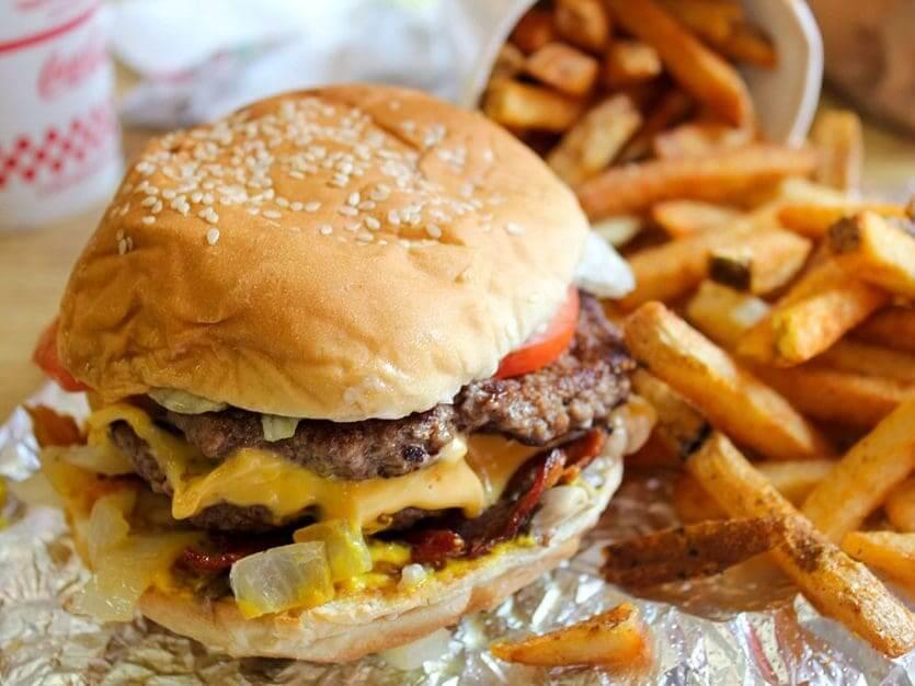 Restaurantes bons e baratos em Orlando: Five Guys