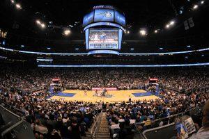 Orlando e Disney no mês de outubro: jogo de basquete da NBA no Orlando Magic Arena