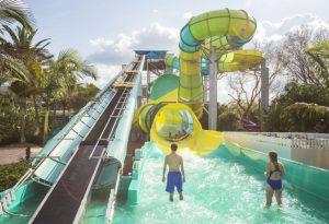 Parque Adventure Island Tampa Orlando: tobogã