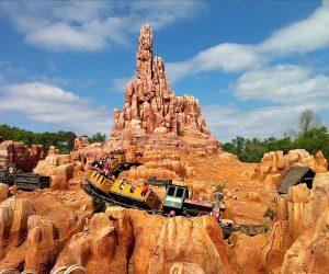 7 atrações e brinquedos do Parque Disney Magic Kingdom Orlando: Big Thunder Mountain Railroad