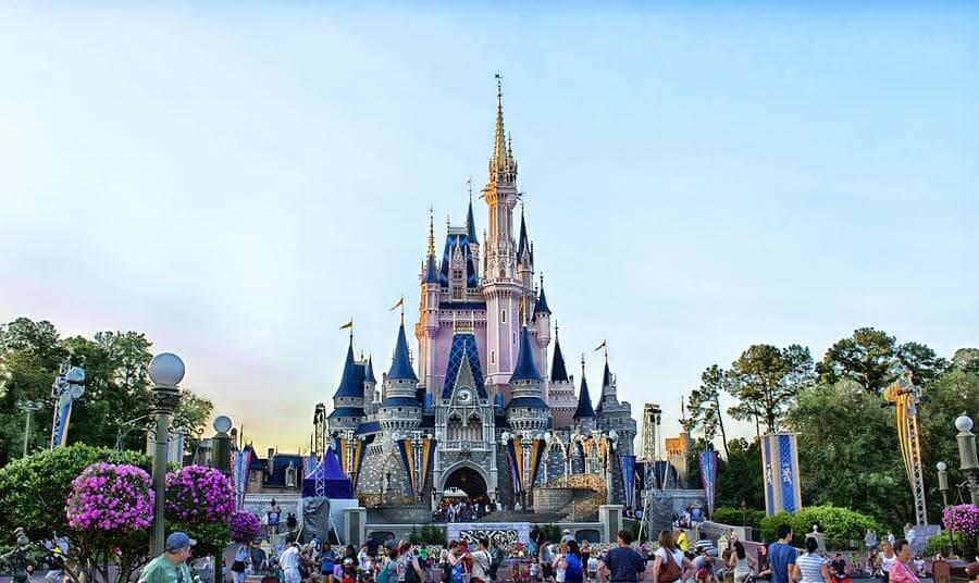 Castelo da Cinderela no parque Magic Kingdom da Disney Orlando
