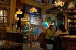 7 restaurantes e cafés emDowntown Orlando: Restaurante White Wolf Cafe & Bar