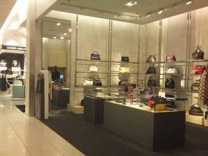 Lojas Saks Fifth Avenue em Orlando: produtos