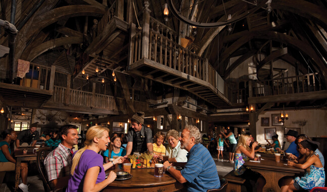 Restaurantes do parque Islands of Adventure em Orlando: restaurante Three Broomsticks (Três Vassouras)
