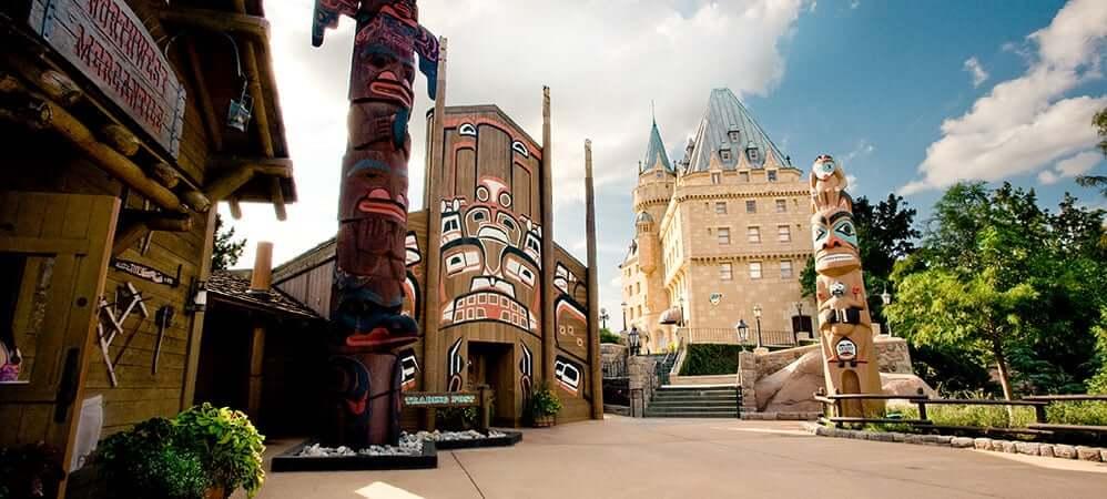 Pavilhão e área do Canadá no Disney Epcot em Orlando 1