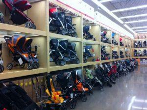 Melhores lojas para o enxoval do bebê em Orlando: lojas de departamento - carrinhos de bebê