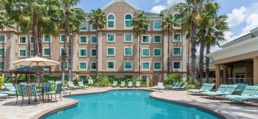 Hotéis com transfer gratuito para os parques em Orlando: hotel Hawthorn Suites by Wyndham Lake Buena Vista
