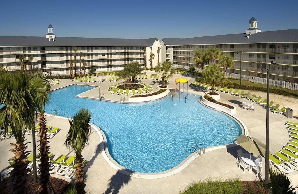 Dicas de hotéis em Orlando: Hotel Avanti International Resort - piscina