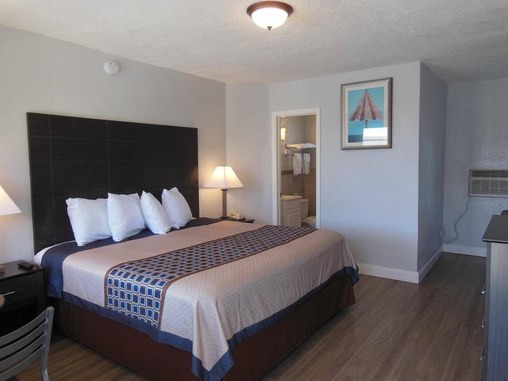 Hotéis bons e baratos em Saint Augustine: HotelBudget Inn - quarto
