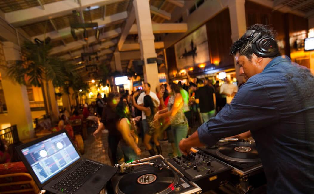 O que fazer à noite em Daytona Beach: Mai Tai Bar