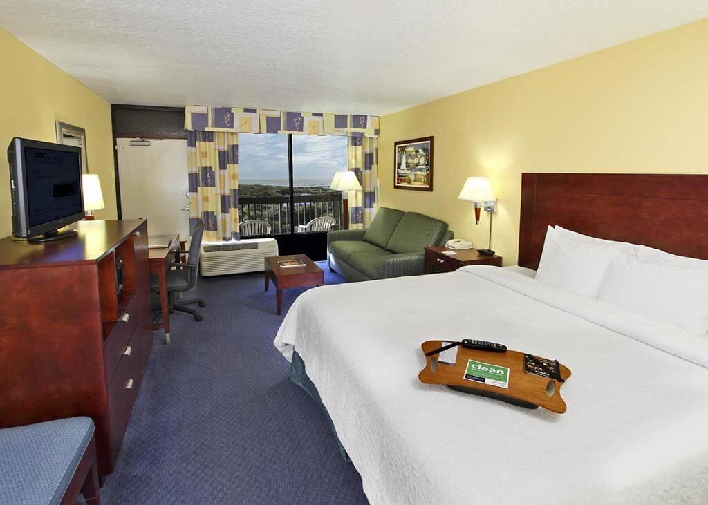 Hotéis de luxo em Cocoa Beach: Hotel Hampton Inn - quarto