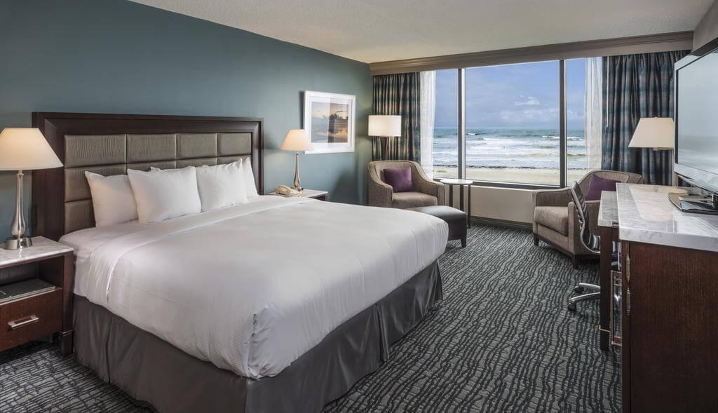 Hotéis de luxo em Cocoa Beach: Hotel Hilton - quarto