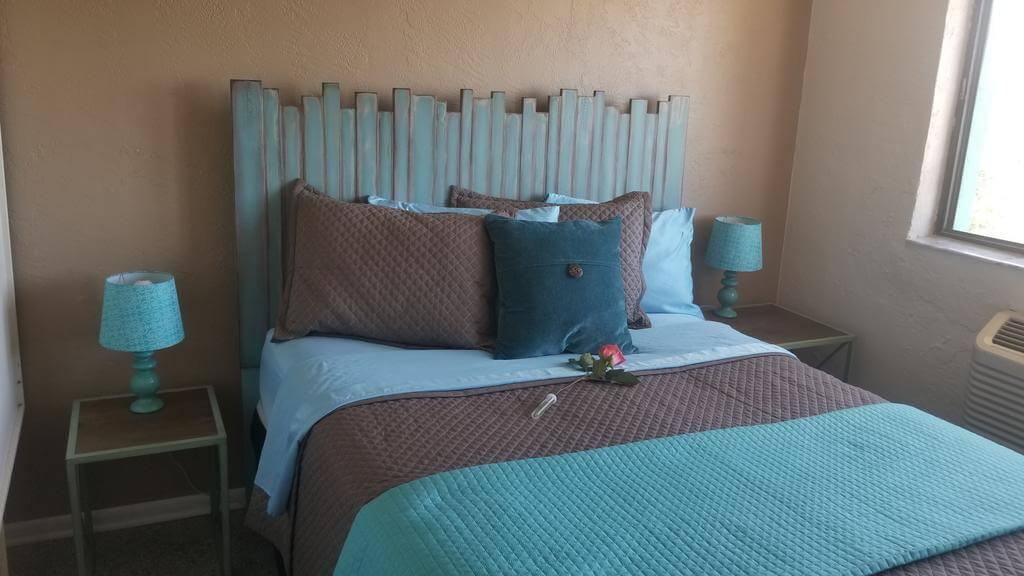 Hotéis bons e baratos em Cocoa Beach: Hotel South Beach Inn - quarto