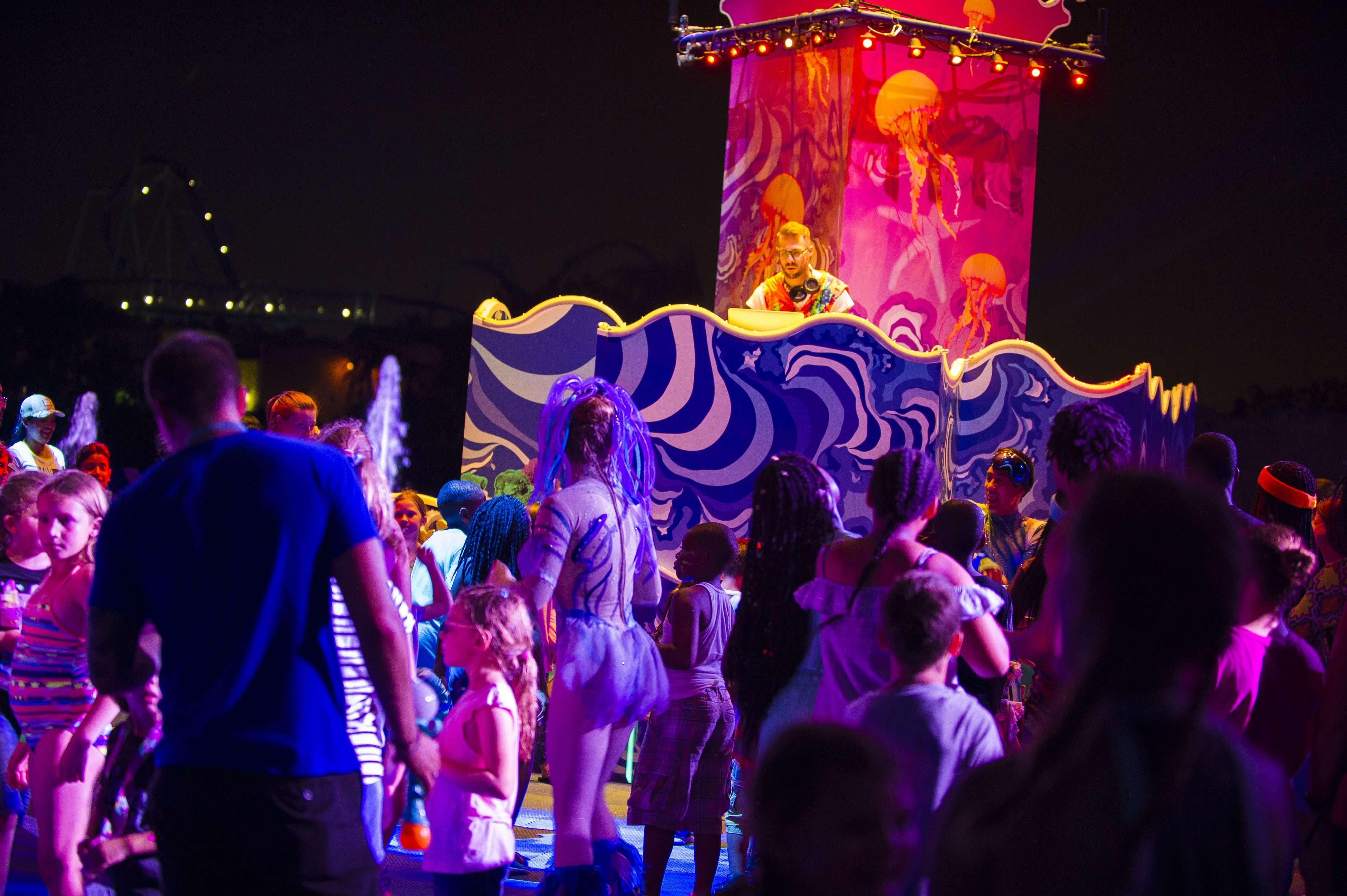 Club Sea Glow