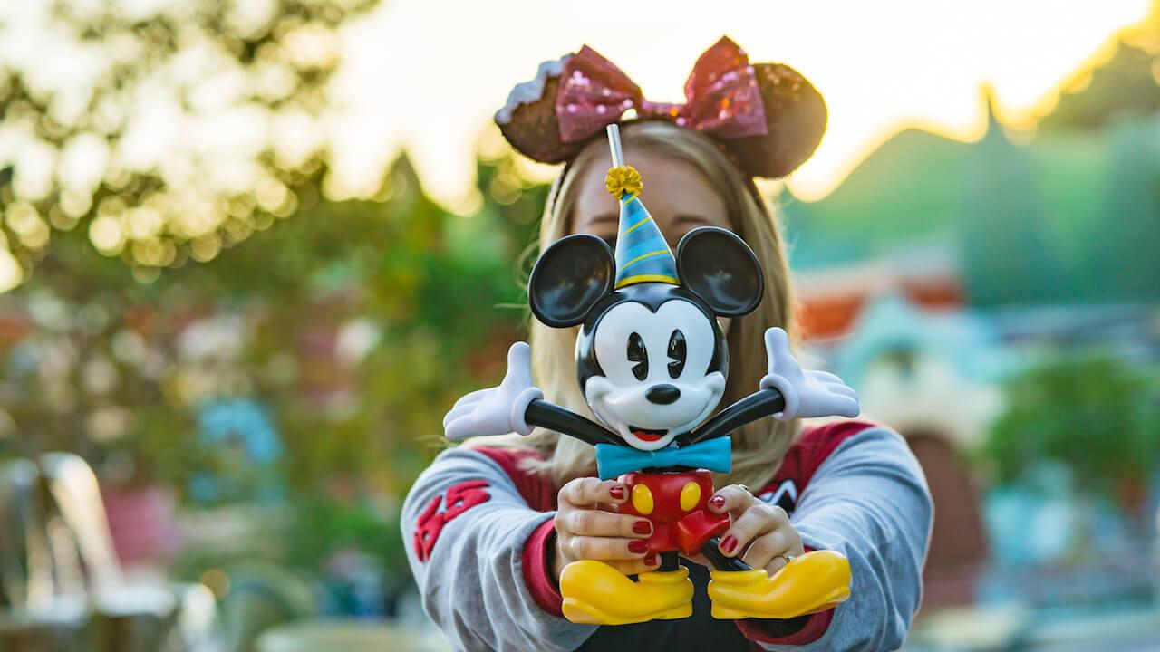 Mickey & Minnie's Surprise Celebration no Magic Kingdom da Disney Orlando: Mickey Sipper
