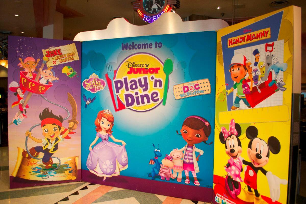 Café da manhã do Disney Junior para crianças na Disney Orlando: Play 'n Dine Breakfast