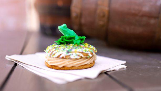 Guloseimas temáticas no Magic Kingdom da Disney Orlando: Frog Prince Whoopie Pie