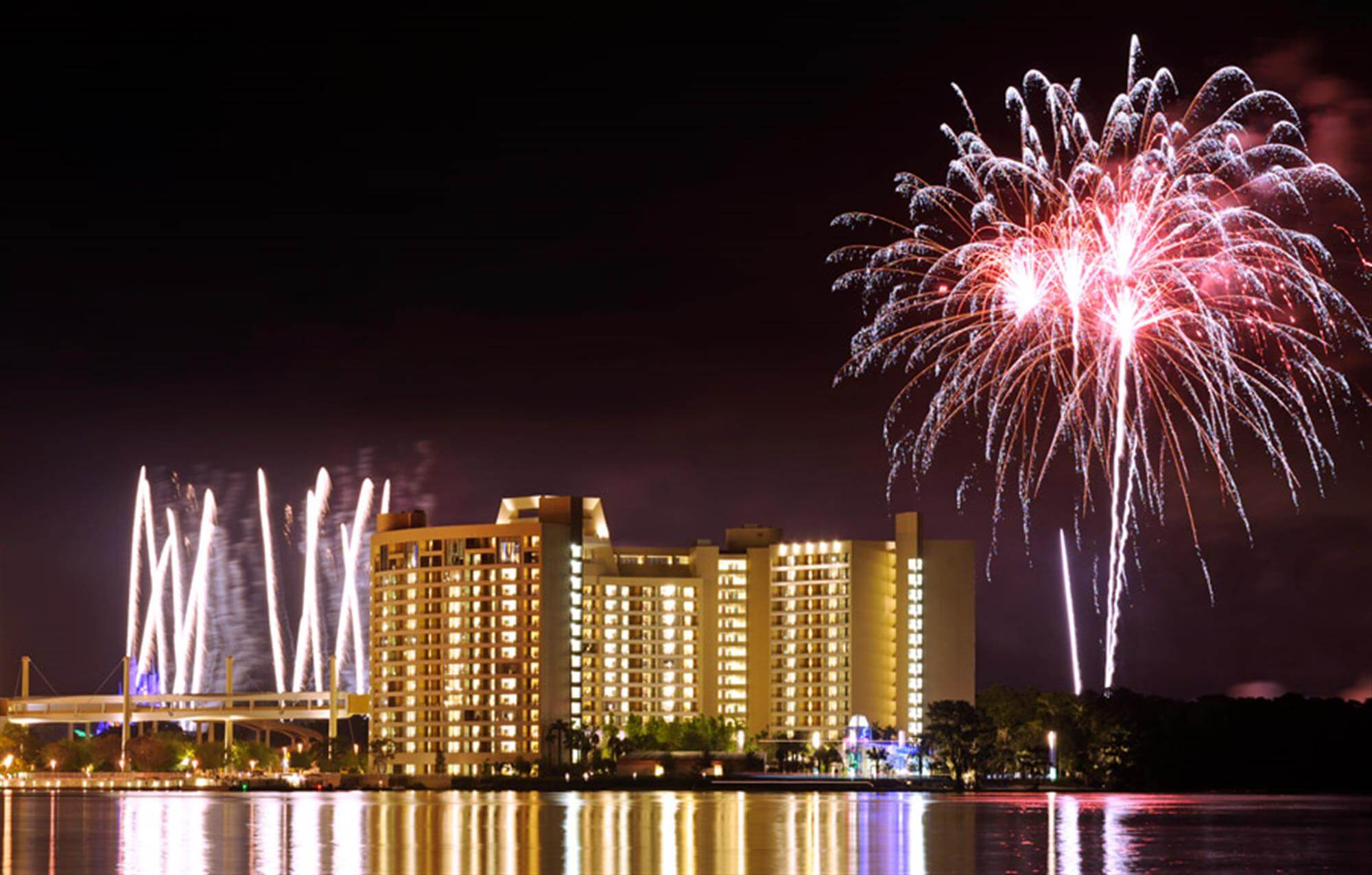 Woody's Roundup no Disney's Contemporary Resort em Orlando: fogos de artifício