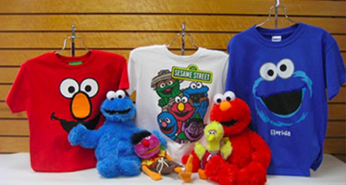 Loja Annie's Gifts em Orlando: produtos da Vila Sésamo