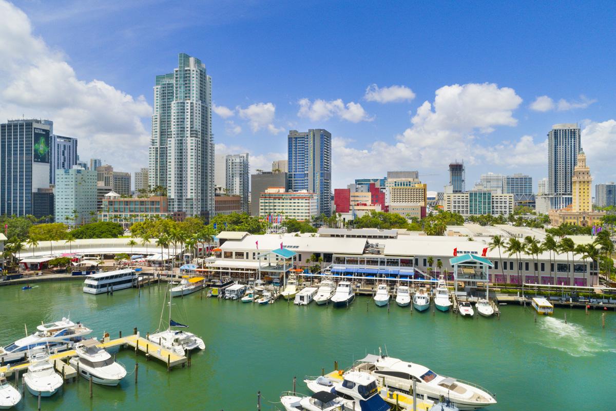 Remessas internacionais para Miami: Bayside Marketplace
