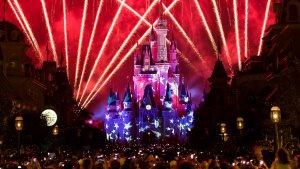 Onde assistir aos fogos de artifício de 4 de julho em Orlando: parque Magic Kingdom da Disney