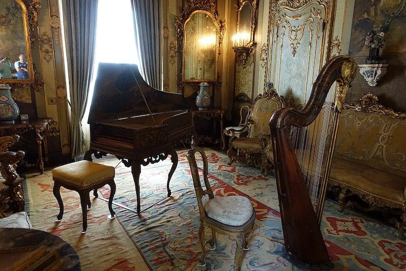 10 fatos sobre o Vizcaya Museum and Gardens em Miami: sala de música