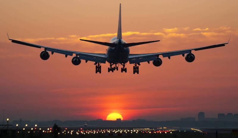 Avião na Califórnia