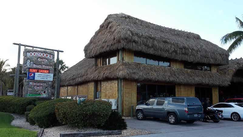 7 bares e casas noturnas em Florida Keys: Boondocks Grille & Draft House em Ramrod Key