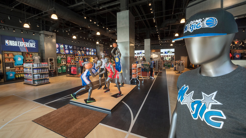 Disney Orlando para adolescentes: loja NBA Store na Disney Springs