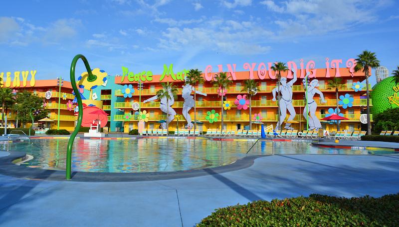 Disney Orlando para crianças: piscina do hotel Disney's Pop Century